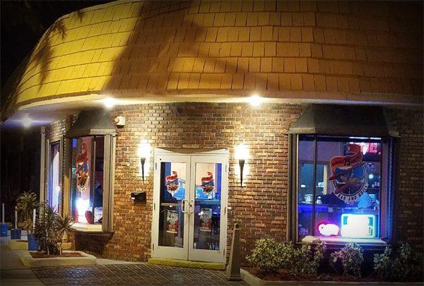 Runway 75 N Bar & Grill